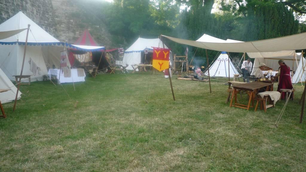 Le campement des Loups de Coucy